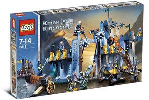 LEGO Knights' Kingdom 8813 - Battle at the Pass